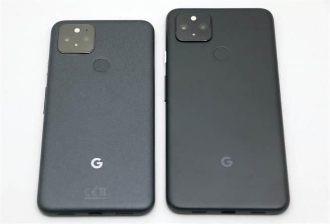 Google Pixel 5(左)以及Pixel 4a 5G機身材質不同。(黃慧雯攝)