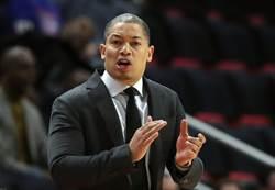 NBA》不悔放棄湖人帥位 泰隆盧:詹皇是我的人