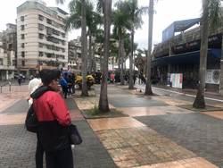 中職》悍將、統一天王山之戰 球迷冒雨排隊搶買票