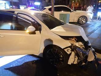 就差幾秒 交通號誌閃黃燈、閃紅燈 疑搶快兩車碰撞人受傷