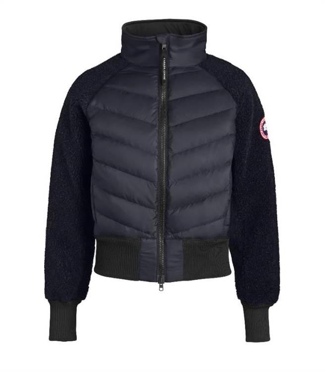 Canada Goose 海軍藍刷毛羽絨外套,2萬500元。(Canada Goose提供)