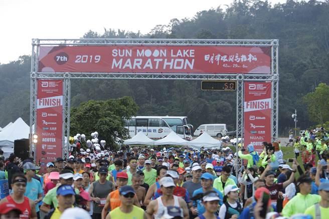 國際認證世界馬拉松分齡賽台灣站,10月25日將在日月潭花火節正式起跑。(資料照/中華運動生活協會提供))                 ㄞ
