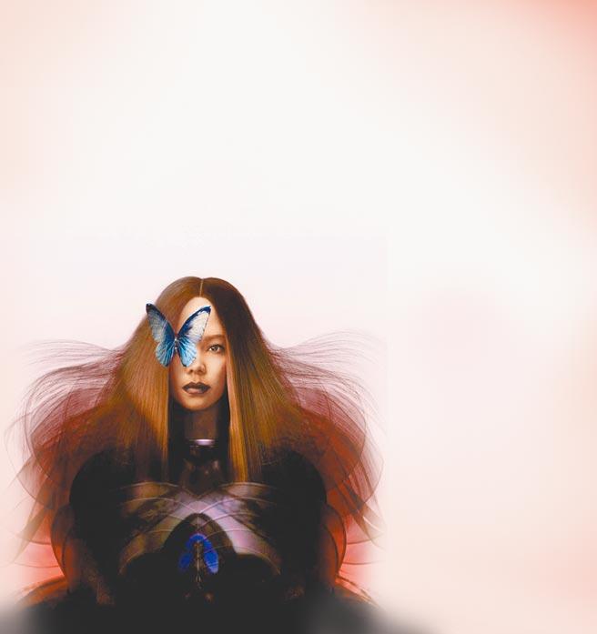阿妹跨年演唱會視覺圖昨曝光,她與翩翩飛舞的蝴蝶巧妙結合,象徵台東這塊土地滋養阿妹的生命。(聲動娛樂提供)