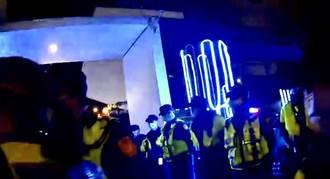 防夜店酒後鬧事 中市警人牆站崗奏效