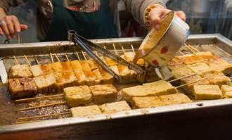 樓下賣臭豆腐太臭受不了 男持菜刀恐嚇老闆停賣慘了