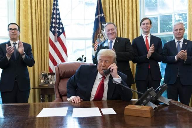 美国总统川普今天宣布,苏丹将开始与以色列关系正常化。(图/美联社)