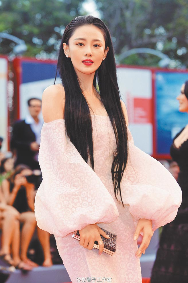 張馨予在電視劇《天龍八部》飾演美豔的馬夫人康敏。圖片提供:中時資料庫