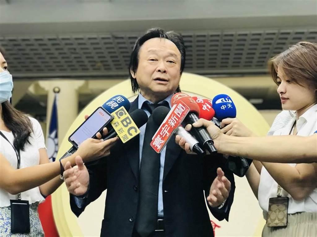 民進黨台北市議員王世堅認為黨內有人「狐假虎威」,被解讀暗指行政院長蘇貞昌。圖/本報系資料照片
