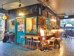 肉攤旁開咖啡廳 翻轉髒亂形象