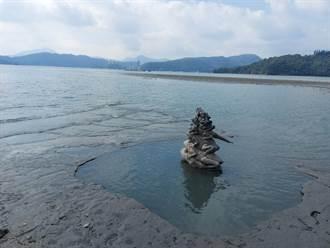 日月潭水量入不敷出 已有7蛙露出水面