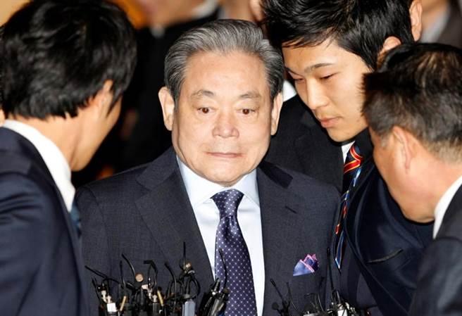 據韓聯社報導,代表南韓企業界的三星集團會長李健熙25日於首爾三星醫院去世,享年78歲。(路透社)