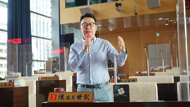 台中市議會民進黨團總召陳世凱25日表示,綠營立委都非常團結,如果真有所謂高層抵制盧秀燕,怎麼可能大家開放自由參加。(盧金足攝)
