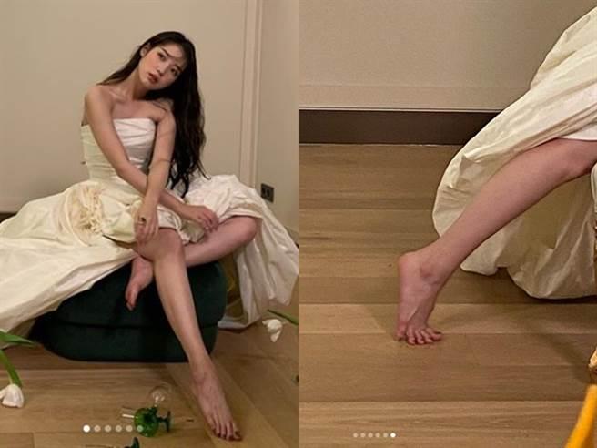 IU大方曝光拍出長腿的訣竅。(圖/IG@IU)