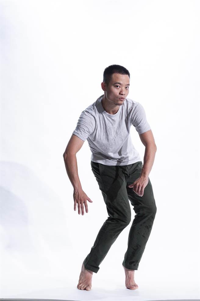 芭蕾舞者锺长宏,他同时热爱街舞,希望分享舞者背后故事。(骉舞剧场提供)