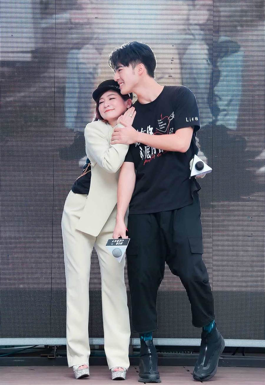 王彩桦和陈昊森一同出席电影《刻在你心底的名字》粉丝见面会活动。(罗永铭摄)