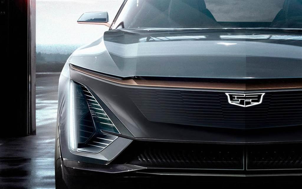 電動車搶市新賣點:AR 擴增實境抬頭顯示器,宛如在開星際大戰 X 戰機!