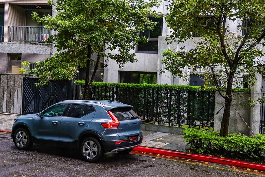 最接近瑞典美學的時刻,2021 Volvo XC40 T3 Momentum