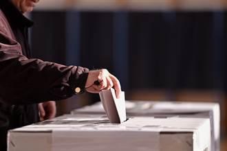 清潔工被安插陪跑 啥都沒做竟拿62%選票幹掉鎮長