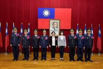 彰化縣新卸任分局長交接  2位高陞、6位新生力軍