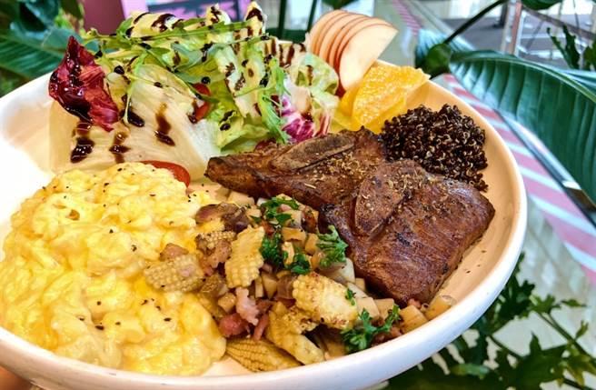 「紅藜嫩烤牛排餐」則是以肉質緊實的牛排作為主餐,飽足感可達到100分。(圖/楊婕安攝)