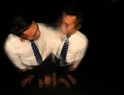 拋開劇本 客家戲曲雙胞胎在舞台做自己