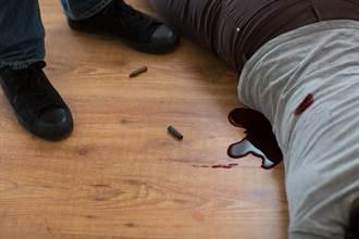 富商床戰後突勒脖妻子「拿刀狠刺11刀」 患精神病免無期徒刑