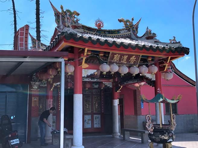 坐落於金城南門海濱的浯島香蓮廟主祀註生娘娘,是金門5座古廟之一。(李金生攝)
