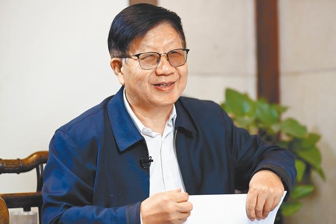 中國共產黨第十九屆中央委員會第五次全體會議26日到在北京召開,原中央黨校副校長李君如接受專訪,作出權威分析。(中新社)