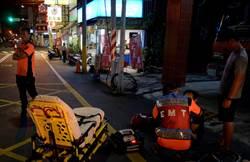麻豆消防隊巧思 救護器材加裝LED燈保護弟兄安全