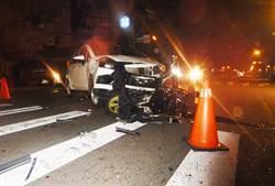 台中閃紅燈路口汽機車相撞 騎士腦震盪昏迷送醫