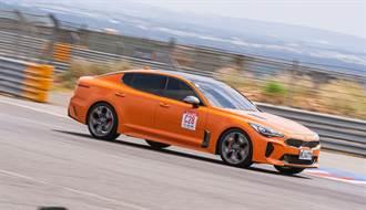 2020 Kia Stinger 3.3GT X Goodyear Eagle F1 SuperSport 麗寶賽車場單圈測試體驗,最速單圈2分04.255秒