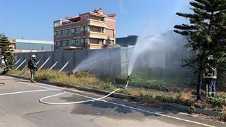 彰濱工業區挖斷天然氣管線 瓦斯瀰漫消防局緊急佔據水源灑水