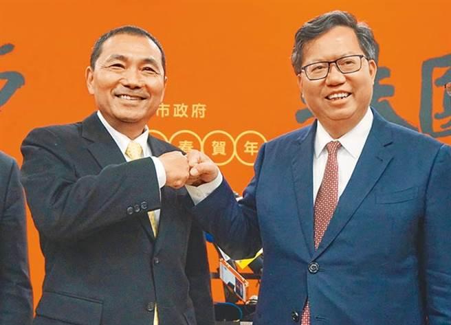 桃園市長鄭文燦(右)、新北市長侯友宜。(本報資料照片)