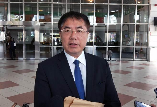 衛福部指地方自治條例訂定萊豬零檢出將無效,台南市長黃偉哲認為,地方議會有表達意見的權利。(本報資料照片)