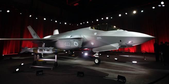 在洛克希德工廠舉行的土耳其F-35交機儀式。不過幾個月後因為S-400的爭議,這批F-35並沒有交到土耳其手上。(圖/洛克希德馬丁)