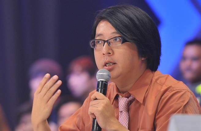 小胖老師袁惟仁目前仍在加護病房中,尚未完全脫離險境。(本報系資料照)