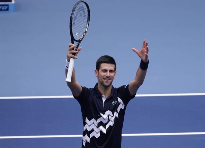 喬柯維奇在維也納第一儲蓄銀行網球賽,第一輪贏得有點驚險。(路透)