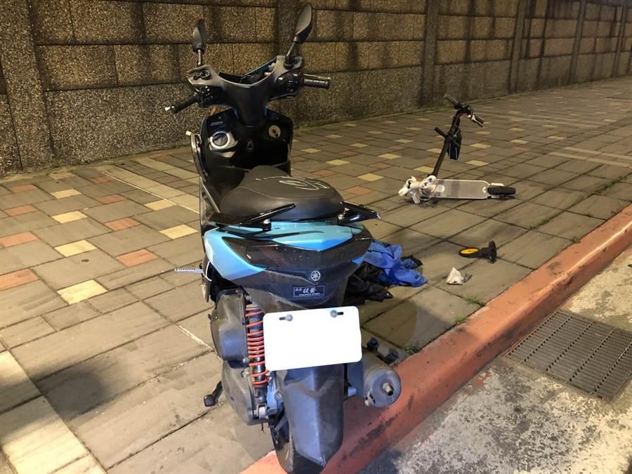 北市市民大道發生機車撞電動滑板車的交通事故,造成1死1傷。(翻攝照片/林郁平台北傳真)