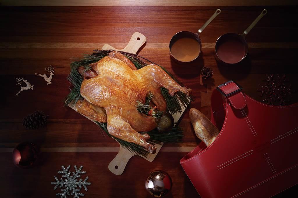 感恩節享用火雞,搭配新竹喜來登推薦吃法,讓不同部位的火雞更對味。(喜來登提供/羅浚濱新竹傳真)