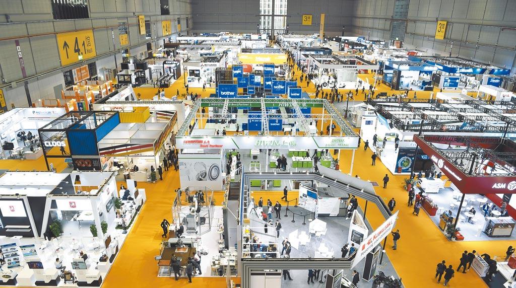 大陸十四五規畫聚焦雙循環,圖為第二屆進博會裝備展區。(新華社資料照片)