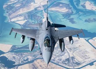 影》F16緊急攔截闖入造勢禁區飛機 川普嗨翻大讚那是F35