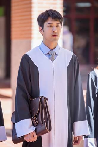 胡宇威詮釋王牌律師 台詞講太快忘呼吸