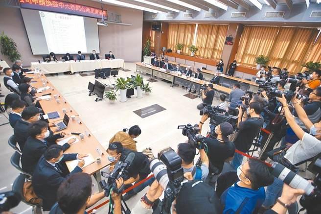 NCC舉辦中天新聞台審照聽證會。