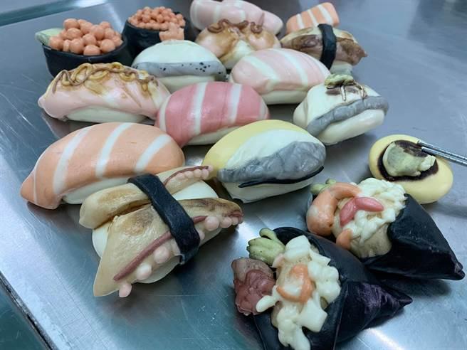 一名超強主婦製作出「壽司」造型的饅頭,逼真模樣,吸引許多網友讚賞。(圖/網友授權提供)