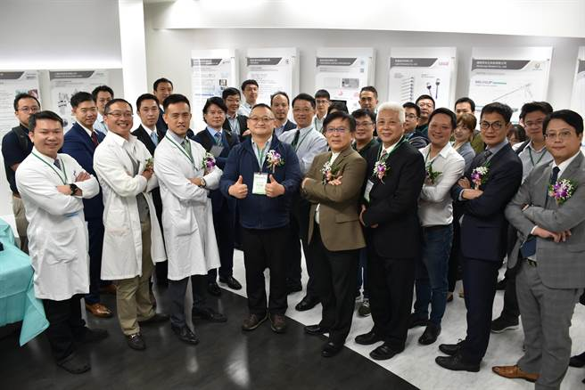 彰濱秀傳醫院成立「微創腹腔鏡手術臨床場域」。(彰濱秀傳醫院提供/吳敏菁彰化傳真)