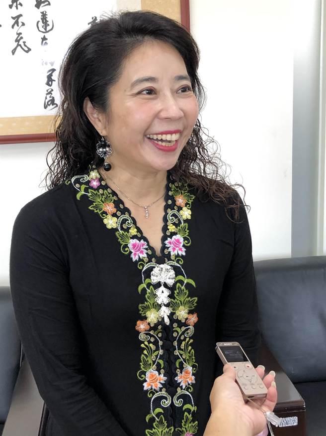 金大國際長顏郁芳指出,未來在校園內將出現更多不同國籍境外生的身影。(李金生攝)