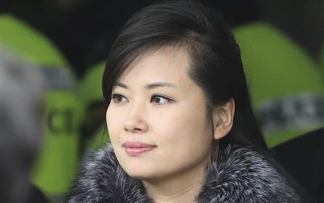 北韓最高領導人金正恩的前女友玄松月(見圖)最近頻頻現身,似乎取代了金正恩的胞妹金與正。(達志圖庫/TGP)