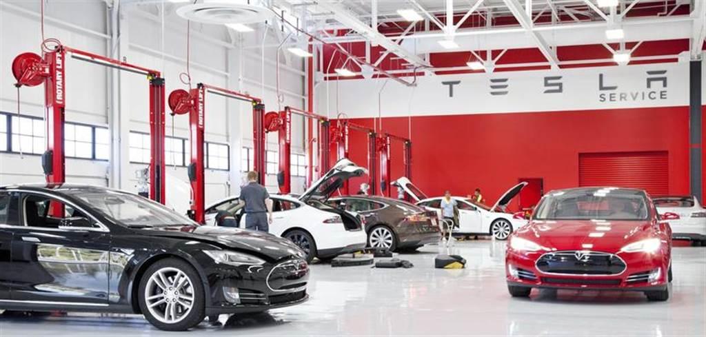 車子售後問題多、預約維修等超久?百位荷蘭車主準備對特斯拉提起集體訴訟
