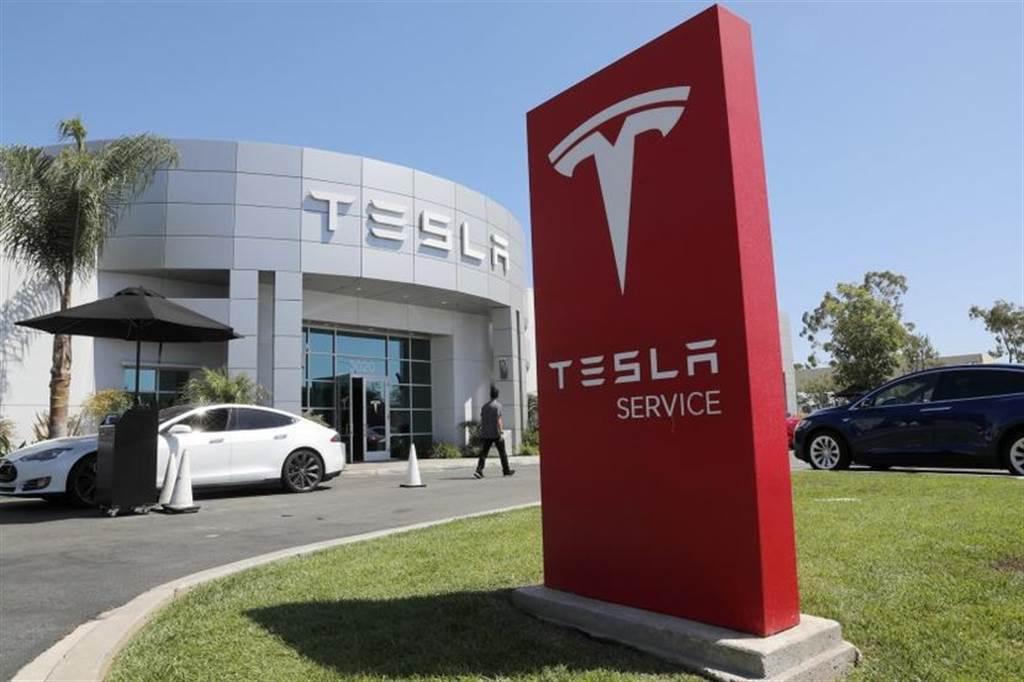 提升後勤維修能量,特斯拉預計在 2021 年大幅增設 52 間維修服務中心