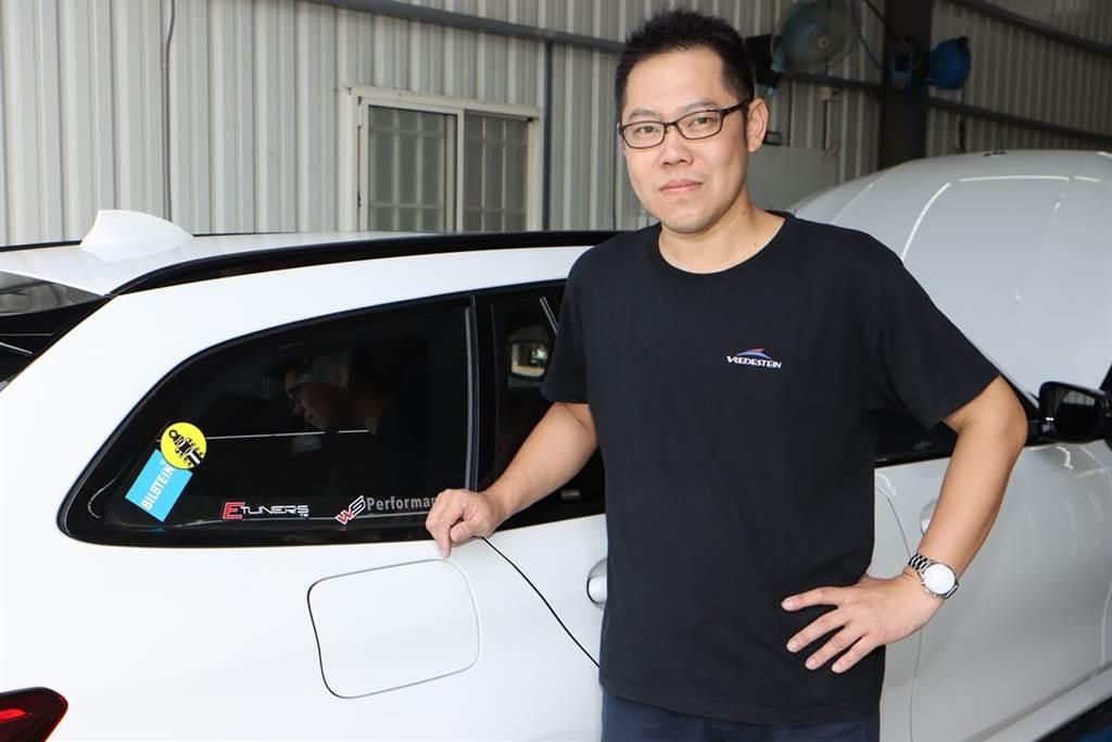 這部M340i的車主-文子,本身也是中部BMW知名改裝店家-文森車業的BOSS,他認為透過換裝BILSTEIN EVO SE避震器後,還保有原廠電懸系統的功能,對車主來說是很便利也很重要的事情。